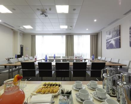 The Best Western Premier is ideal for organising your event: from the Conference room to the restaurant, from the rooms to the bar for your coffee Break!